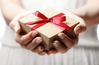 How to Re-Gift Properly